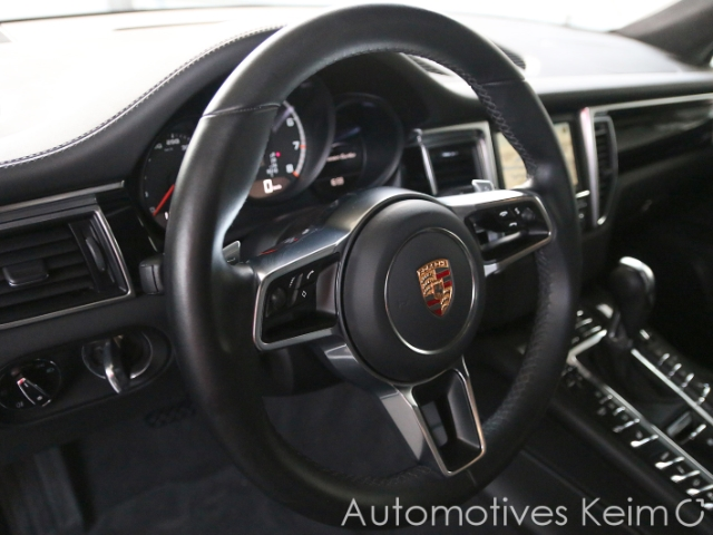 Porsche Macan Automotives Keim GmbH 63500 Seligenstadt Www.automotives Keim.de 30232345 08